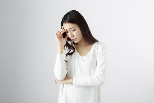 女性 頭痛